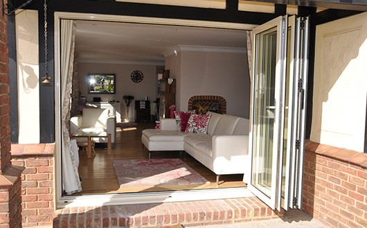Aluminium bi-folding doors Leighton Buzzard